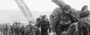 royal_marine_commandos_attached_to_3rd_division_move_inland_from_sword_beach_on_the_normandy_coast_6_june_1944-_b5071